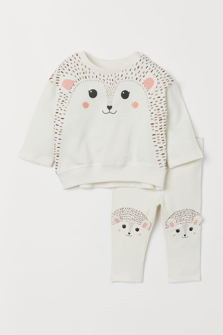 Sweatshirt And Leggings Natural White Hedgehog Kids H M Us 1 Fashionable Baby Clothes Kids Clothing Websites Baby Girl Pants [ 1152 x 768 Pixel ]