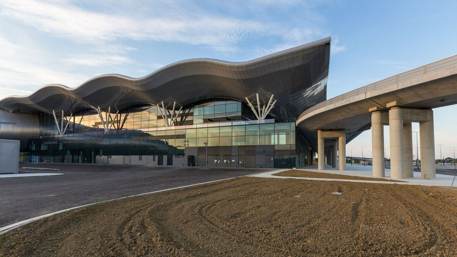 Zagreb Airport Kincl Neidhardt Institut Igh Arch2o Com In 2020 Zagreb Airport City Architecture