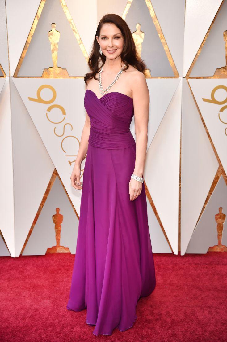 Premios Oscar 2018: los famosos en la alfombra | Pinterest | Premios ...