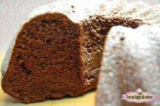 BUNDT CAKE DE CHOCOLATE - Con un toque de azúcar