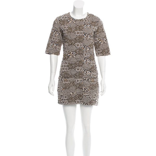 Pre-owned Chanel Quilted Knit Dress ($1,195) ❤ liked on Polyvore featuring dresses, black, short dresses, short sleeve mini dress, preowned dresses, chanel and short knit dress