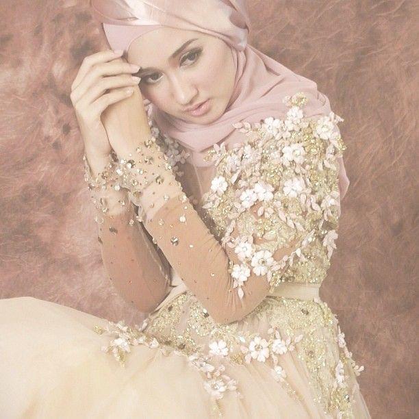 Dianpelangi Thank You Mas Ivan Gunawan For This Beautiful Gown And Thank You For Todaa Webstagram Butik Online Pelangi