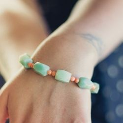 Easy Beautiful DIY Bracelet. Perfect for Mother's Day or a charming addition to your spring/summer wardrobe