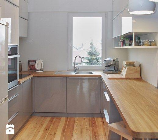 Aranzacje Wnetrz Kuchnia Mieszkanie W Bloku Srednia Zamknieta Kuchnia W Ksztalc Kitchen Interior Interior Design Kitchen Contemporary Kitchen Design Small