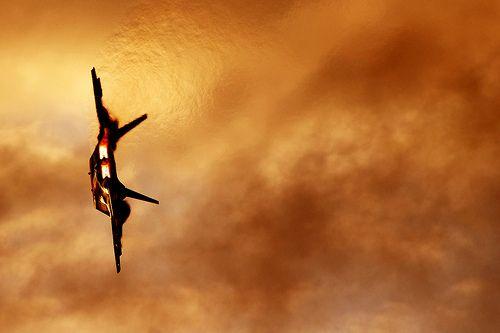 Sunset Raptor by CirrusFlyer, via Flickr