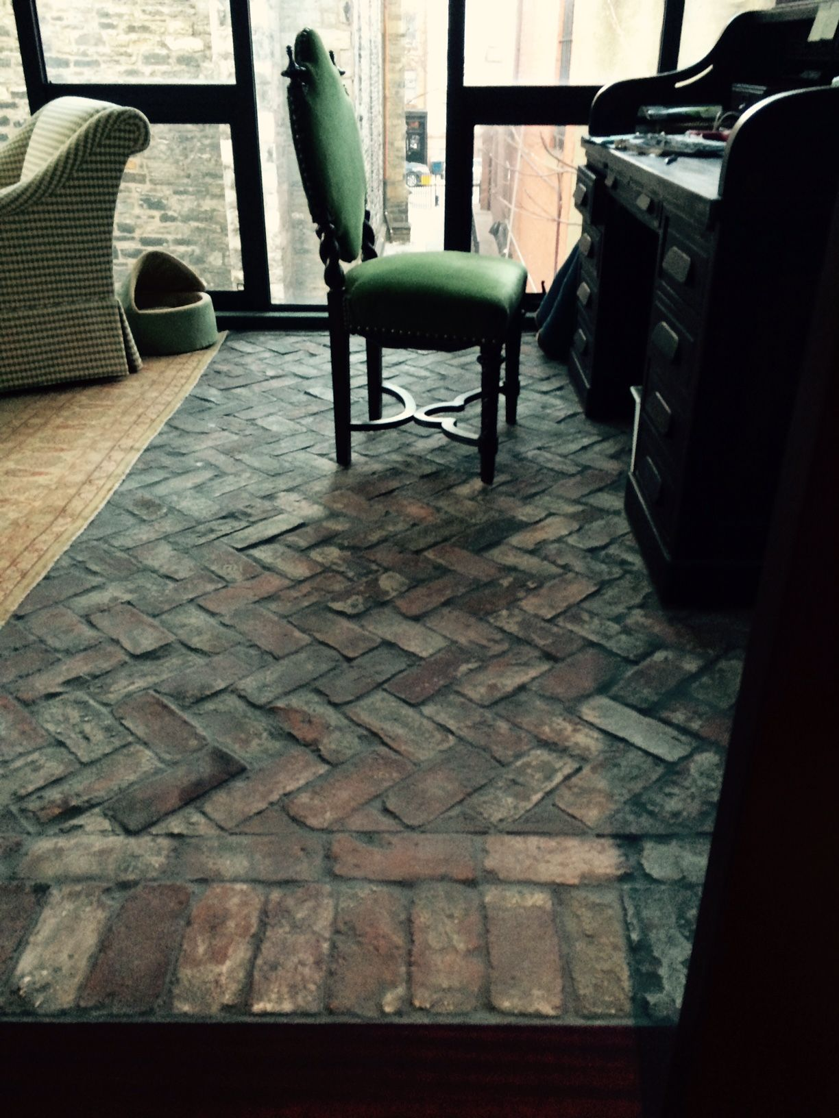 Reclaimed Thin Brick Basketweave Pattern