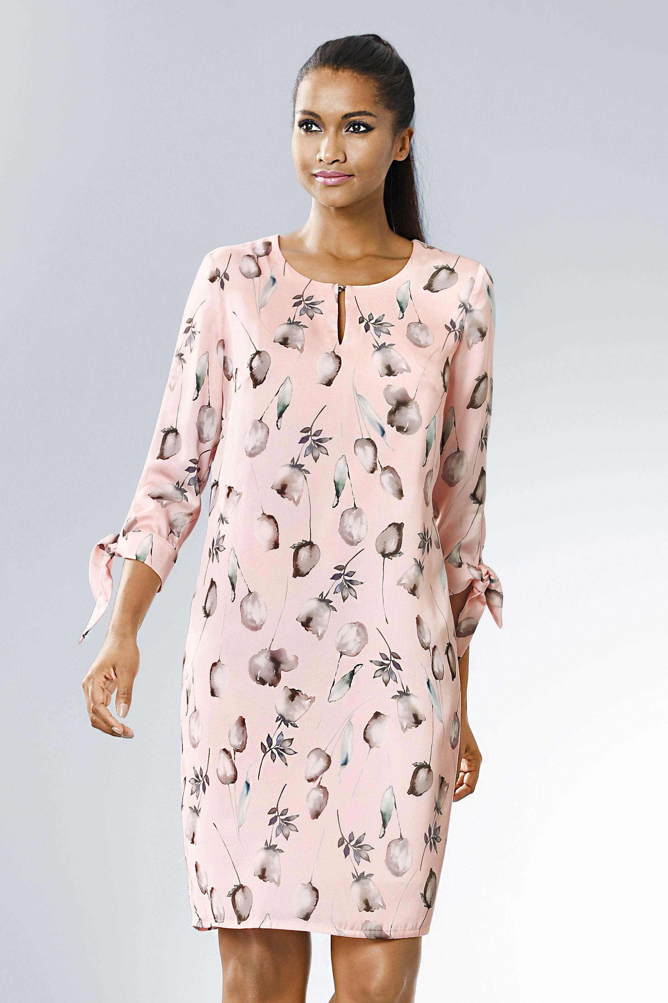 Süßes Alba Moda Kleid im floralen Muster aus soft fliessender