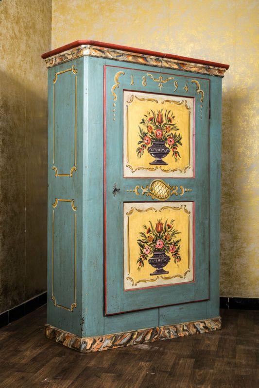 bauernschrank landhaus schrank kasten dielenschrank bemalt bauernm bel antik bauernmoebel. Black Bedroom Furniture Sets. Home Design Ideas