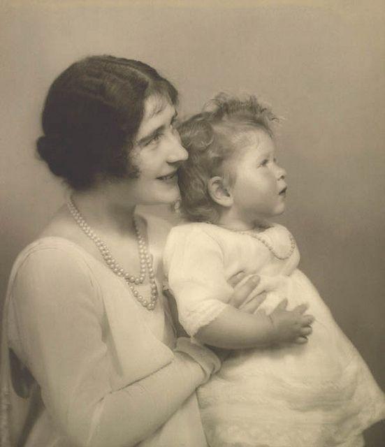 The Duchess of York with Princess Elizabeth