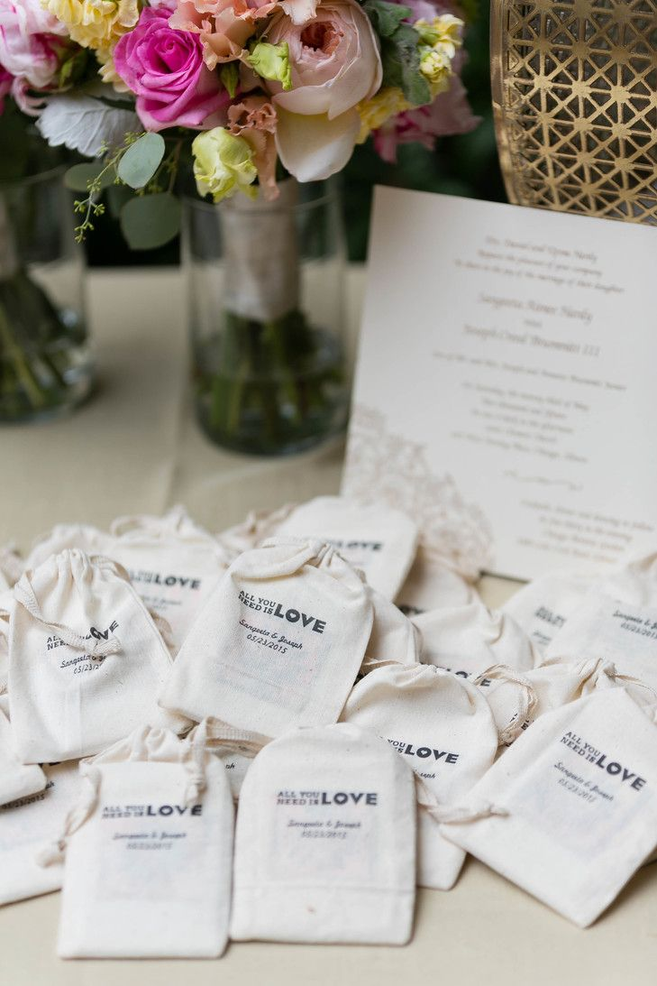 Sunflower Seed Wedding Favors | Emilia Jane Photography https://www ...