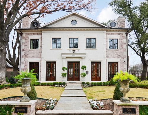 Old Charleston house with painted brick... | Exterior Envy ...