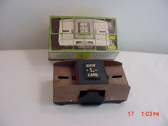 Vintage Shuf L Card Battery Powered Automatic Card Shuffler In Original Box 17 982 Original Box Cards Vintage