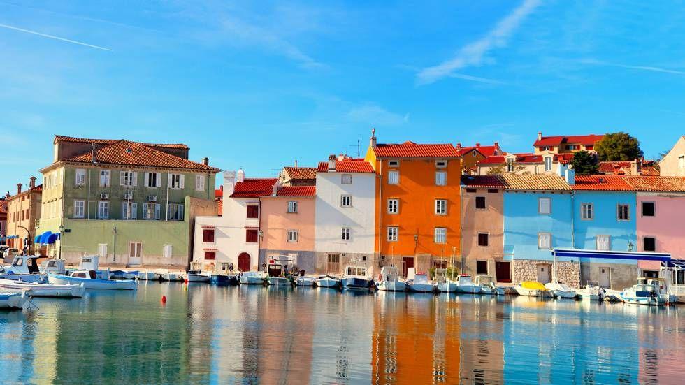 ROLIG: Kroatia er et velkjent reisemål for mange nordmenn. Men Novigrad er fortsatt en av de «uoppdage» stedene. (Foto: motorolka,Shutterstock/NTB scanpix) Hvor går turen i 2016? Her får du 12 eksperttips
