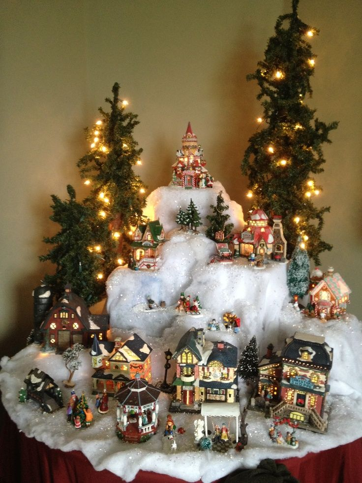 736 981 christmas for Villas navidenas de porcelana