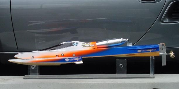 Andy Brown design Eagle SGX R/C outrigger hydro  With Mac 84