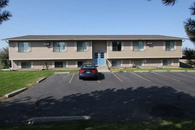 Billings Montana Apartment For Rent At 1584 Governors Blvd Billings Mt 59105 Rental Big Windows Rent