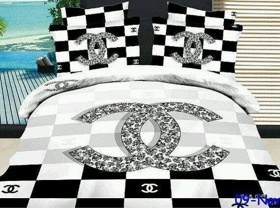 Chanel Duvet Set Avec Images Parure De Lit Parrure De Lit Draps De Lit