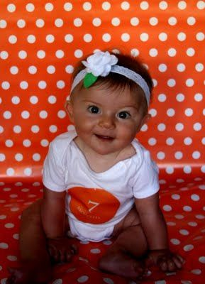 Life of a Real Orange County Housewife: Monthly Baby Pictures