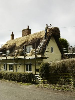Thatcher Suffolk England Country Living Magazine English Country Cottages