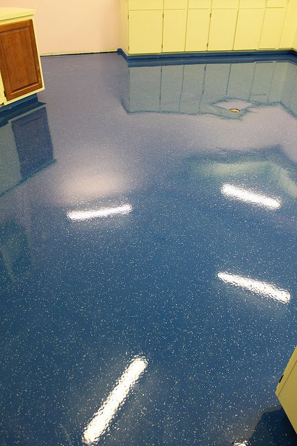 3 Coat 30 Mil Epoxy Flooring System Deep Blue With Light Broadcast Of 621 Color Flakes From Chips Unlimit Epoxy Floor Epoxy Floor Designs Garage Floor Paint