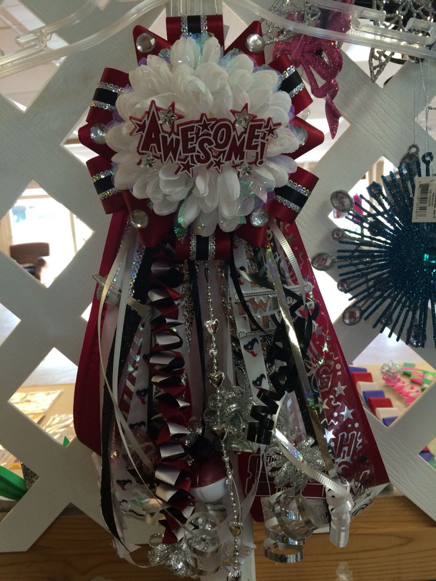 10 Mini Homecoming Mum. West Columbia High School. Perfect for your elementary aged child. Find Mum Event on Facebook. We create unique designs and ship all over the U.S. #homecomingmumsdiy