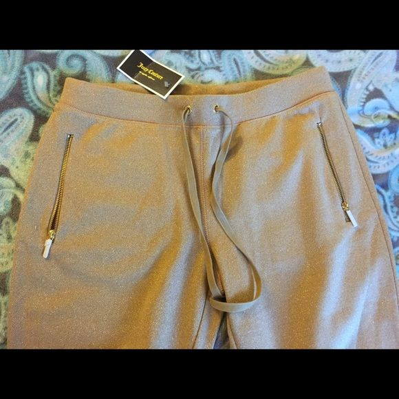 NEW skinny pants Gorgeous color and very comfy. You're more than welcome to bundle. I ship same day Juicy Couture Pants Skinny