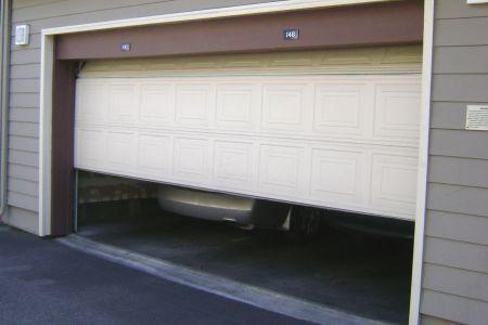 Blog En Renovation Soumission Renovation Garage Doors Doors Old Garage