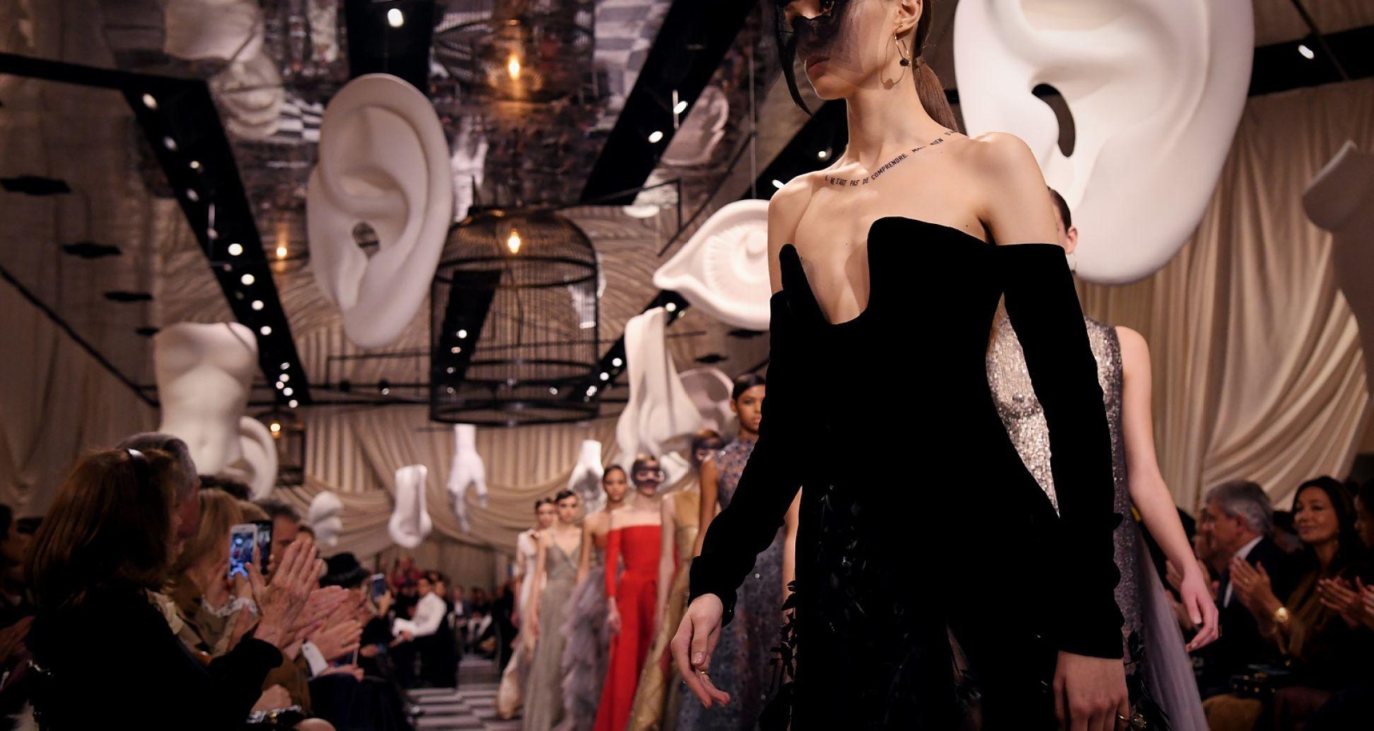 34858e1dbe9 De meningen zijn verdeeld over de modeshow van het Italiaanse modemerk Gucci.  Tijdens de modeweek