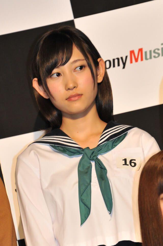 欅坂46のけやき坂ってどこ 鳥居坂46から改名の理由は かわいいメンバー3名を厳選 欅坂46 志田愛佳 モデルポーズ 欅坂