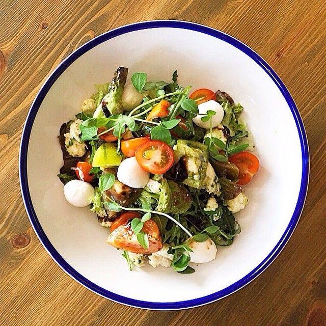 salad healthy goodfood food heritage tomato mozzarella pesto dining pubfood restaurant greenwich london food yummy food cobb salad pinterest