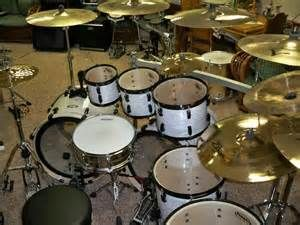 Double Bass DW Drum Set