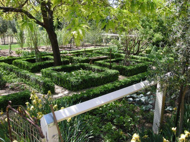 Julian Ronchi   Outdoor gardens, Garden design, English ...