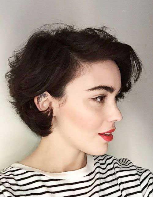 Acconciature per capelli ricci per donne chic »Acconciature 2020 Nuove acconciature e tinte per capelli