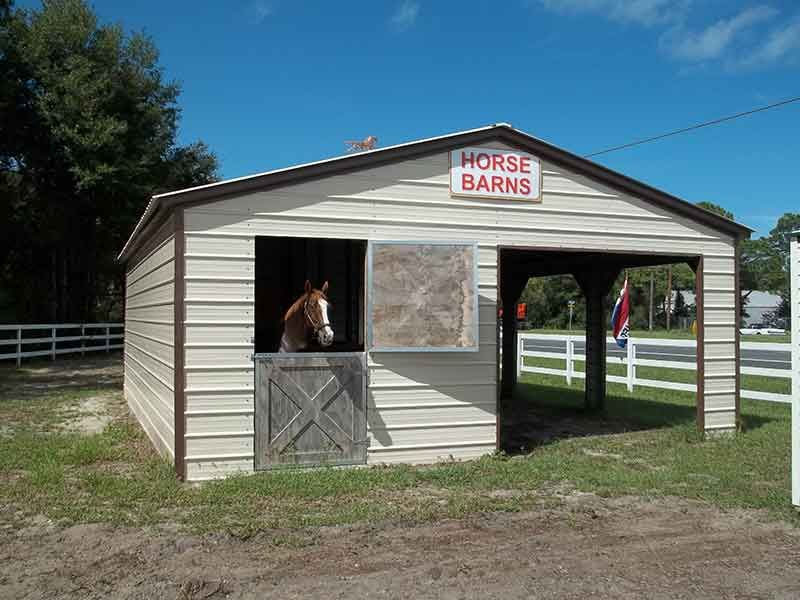 Horse Barns (With images) Metal horse barns, Horse barns