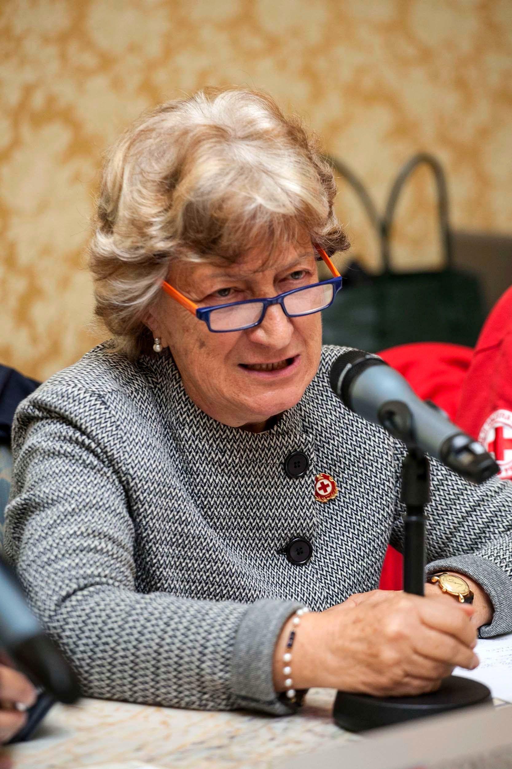Tavola rotonda sul volontariato. Clotilde Goria, delegata nazionale per l'area sociale, parla delle due emergenze di oggi: l'immigrazione e i nuovi poveri