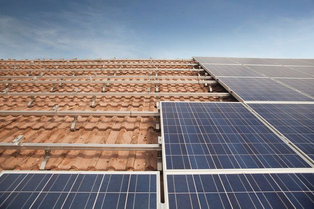 Etsy Is Helping Its Sellers Get Solar Panels On Their Homes Meio Ambiente E Sustentabilidade Ambiente Sustentabilidade