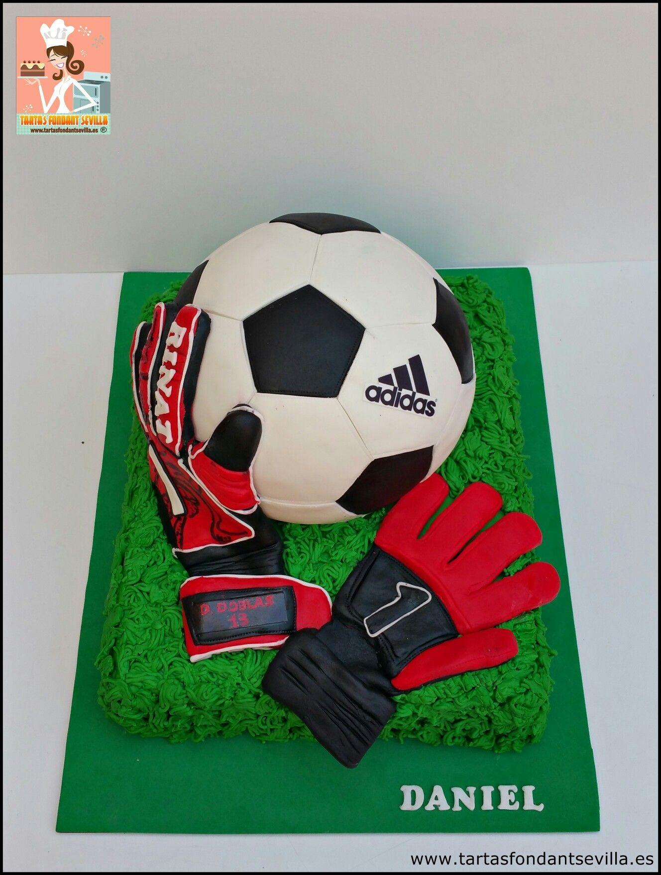 Tarta balón de fútbol y guantes de portero  a2077ce244e9b