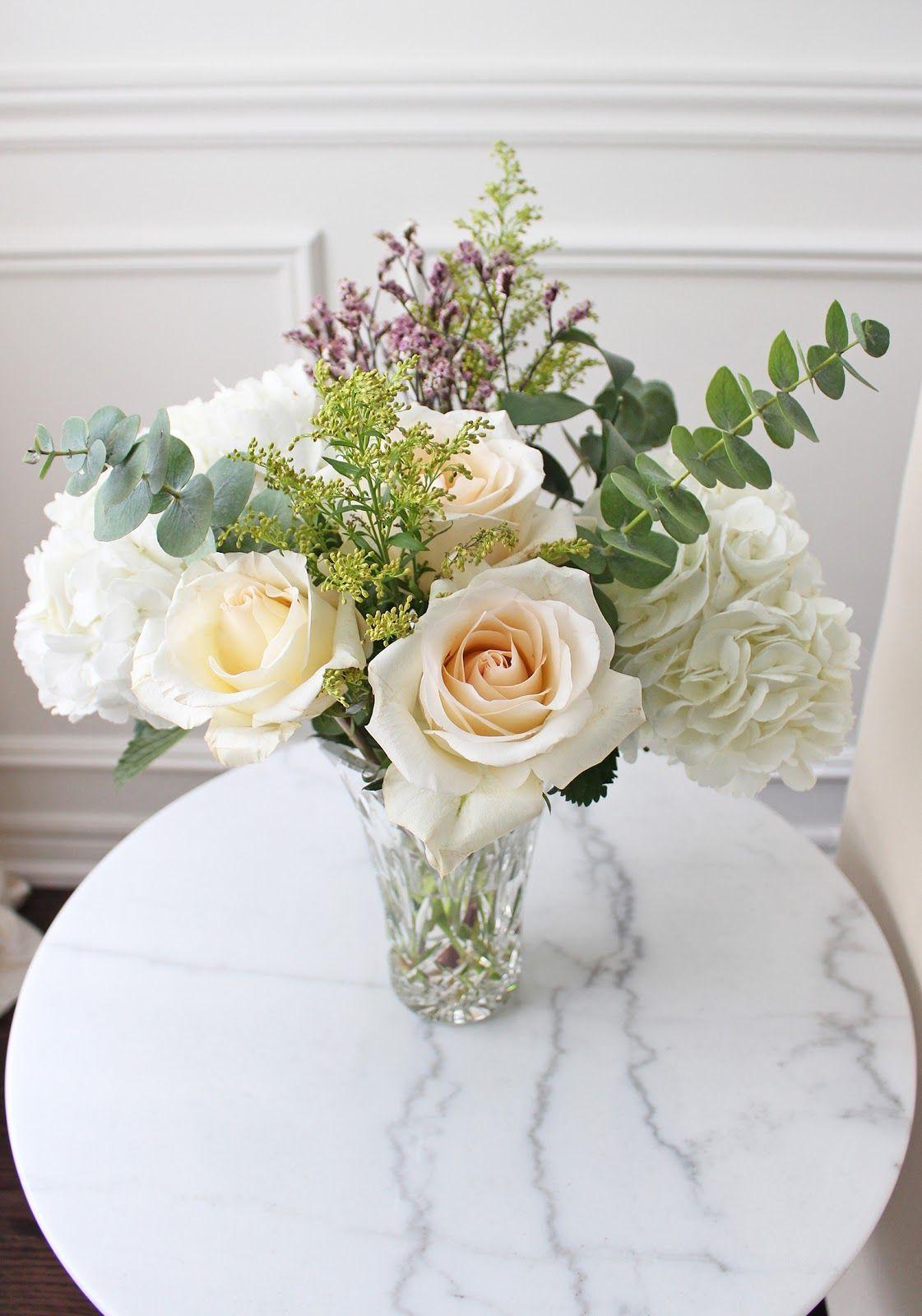 DIY flower centerpiece, Christmas table setting, Christmas ...