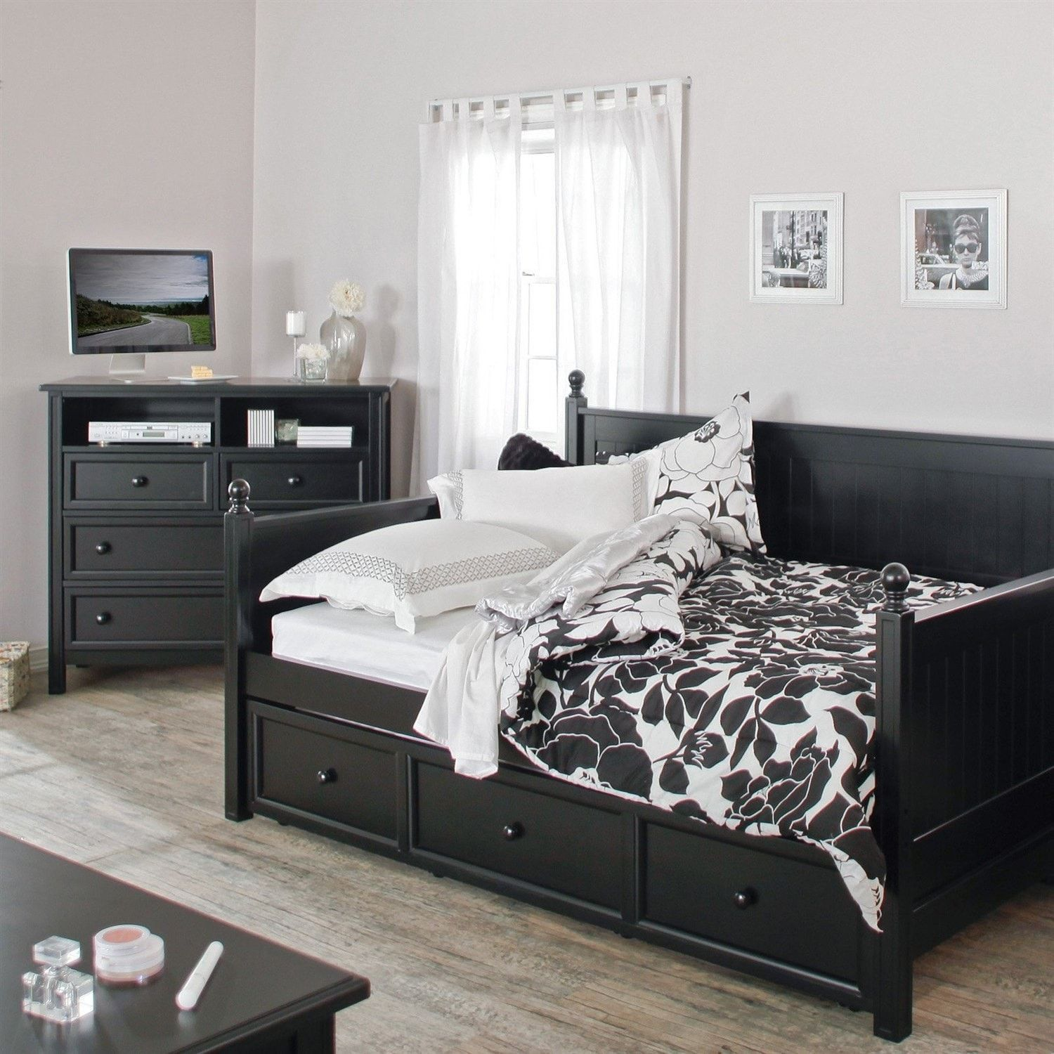 Full size Black Wood Daybed with Pullout Trundle Bed