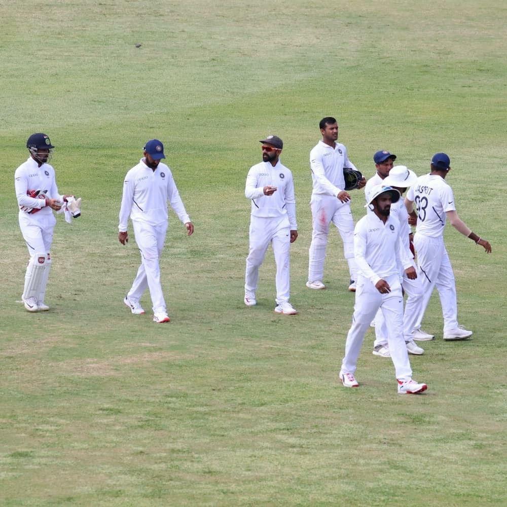 Pin By Nishant Kumar On Cricket Lab Coat Gentleman Cricket