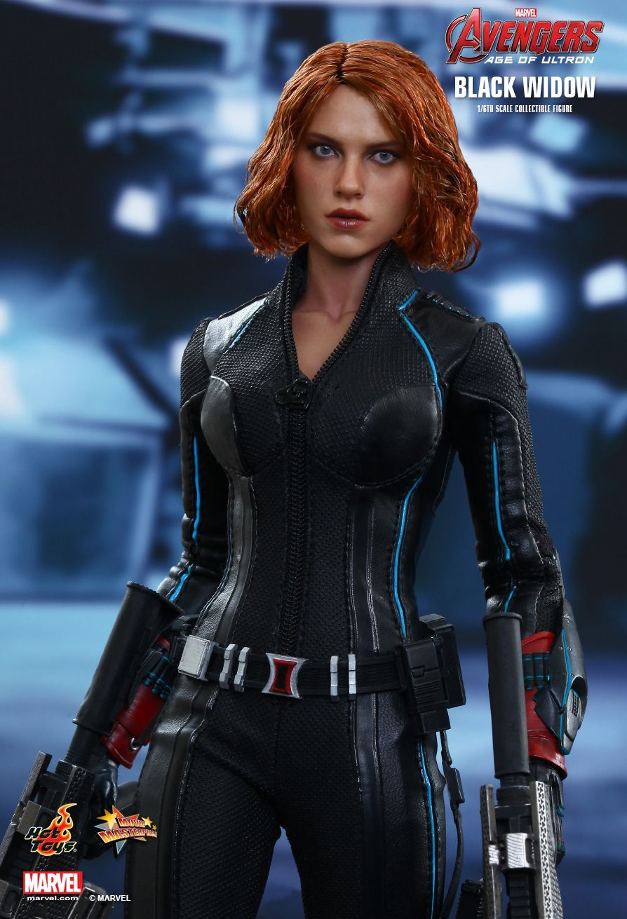 Hot Toys Avengers Age Of Ultron Black Widow 1 6th Scale Collectible Figure In 2020 Black Widow Avengers Black Widow Movie Black Widow Marvel