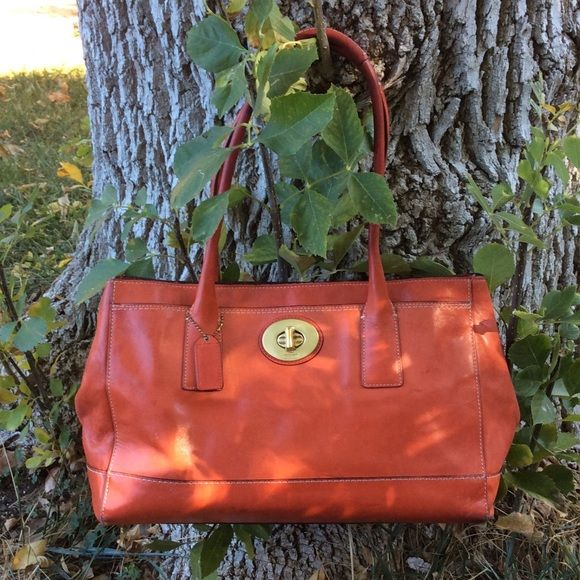 Authentic Coach Madeline Bag Leather Handbags Are Carefully Crafted To Stand The Test Of Time