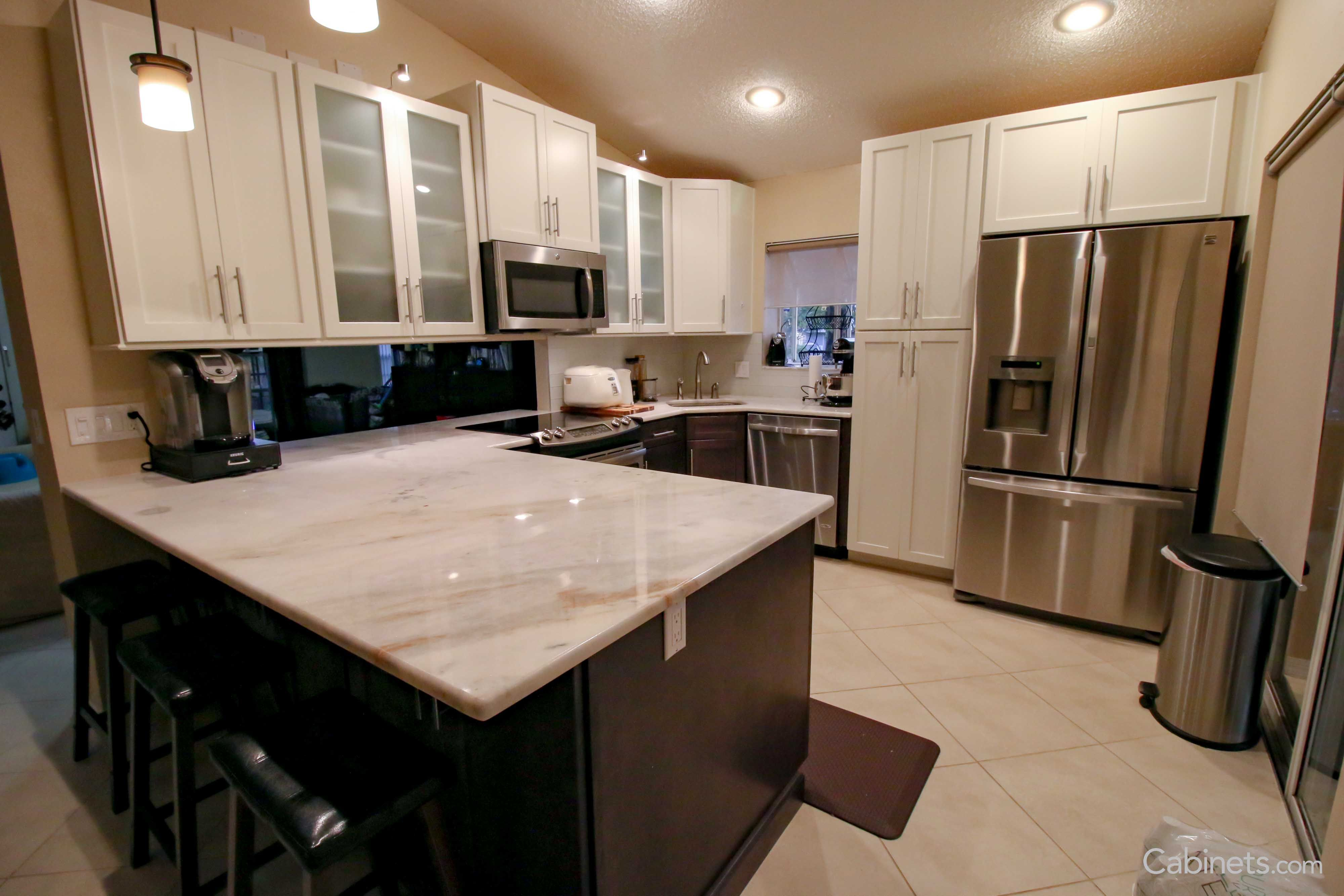 Modern Two Toned Kitchen With Peninsula And Corner Sink Cabinets Com Kitchen Peninsula Corner Sink Two Tone Kitchen