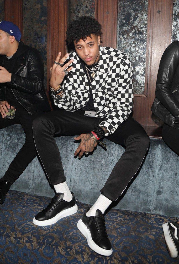 Celebrity Sneaker Stalker   Nice Kicks