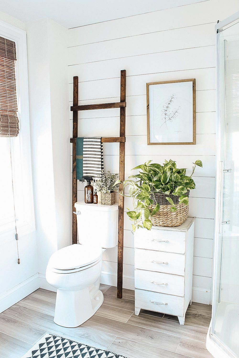 Photo of DIY Bathroom Ladder