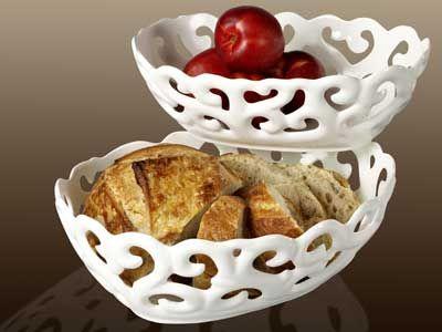 white serving baskets
