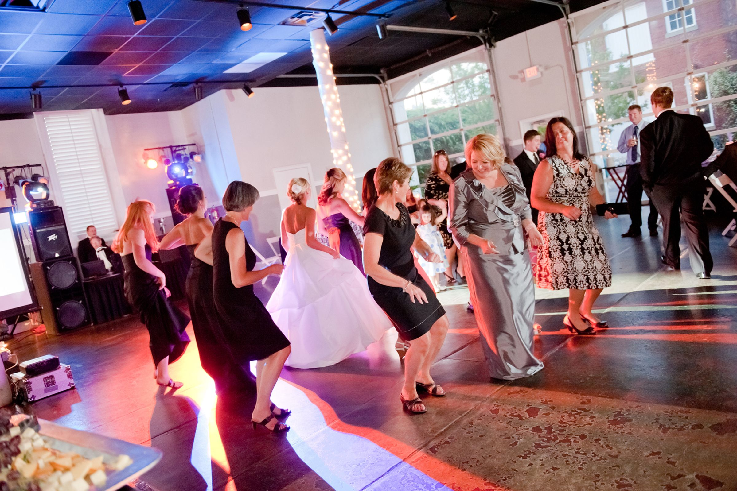 Sweet Southern Wedding At Marion Hatcher Center In Augusta: Wedding Reception At The Marbury Center Located In