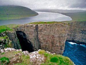 фото сорвагсватн озеро над океаном