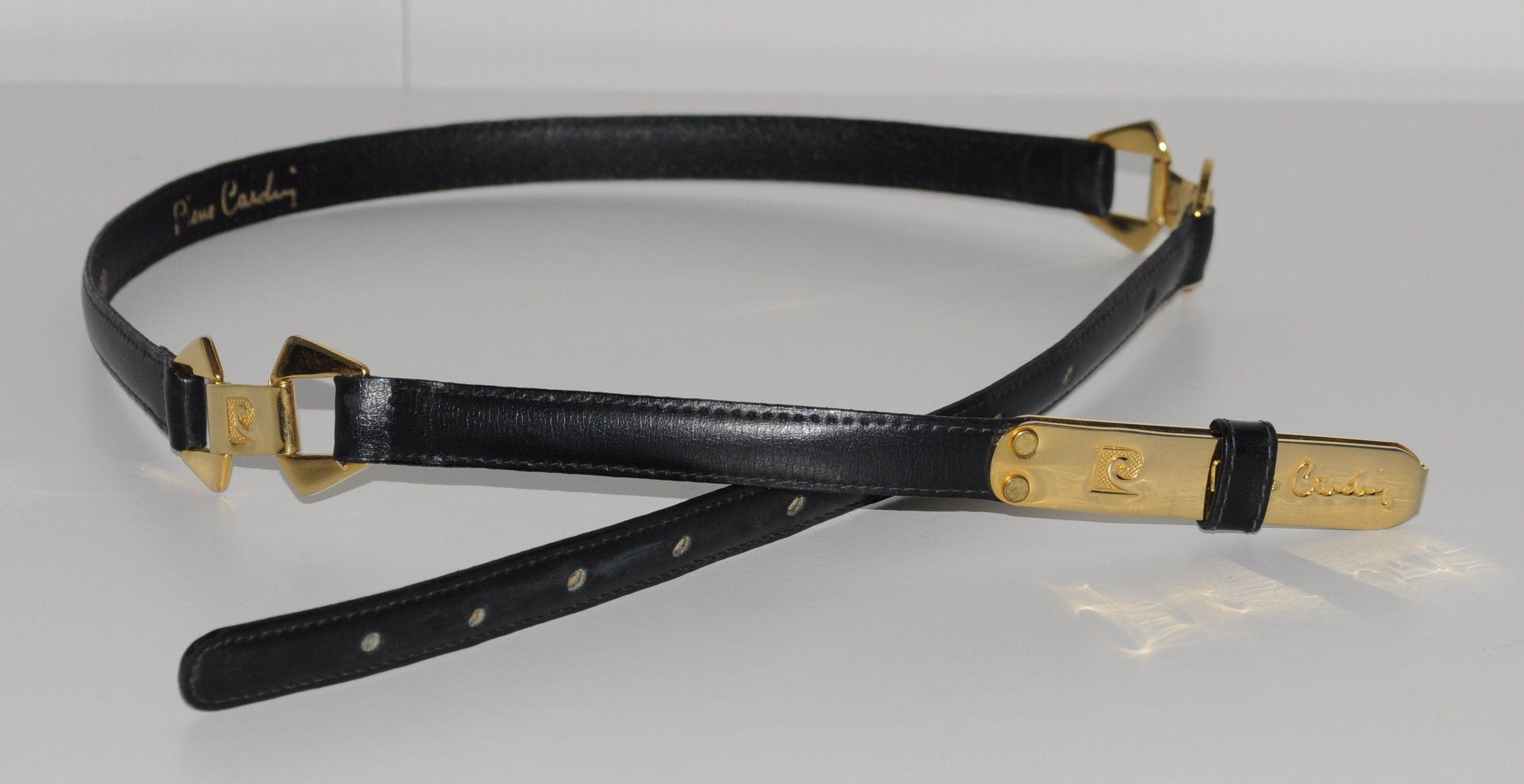 Ceinture fine vintage PIERRE CARDIN en cuir noir avec parties dorées Taille 75 cm