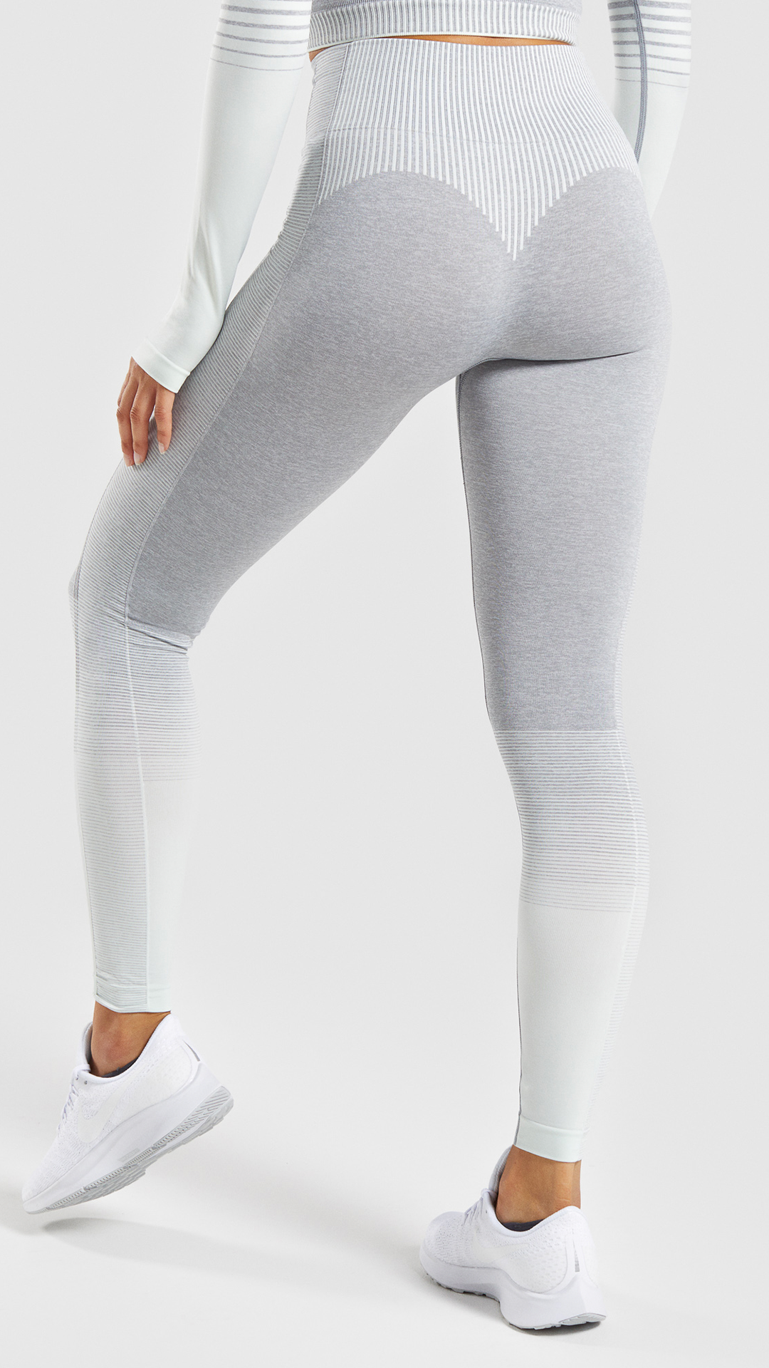 f75cdf7778017 The Amplify Seamless Leggings. A take on our classic seamless ranges,  featuring a dip-dye colour blend and figure-enhancing contours.